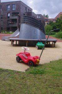 Abluftschacht auf Kinderspielplatz