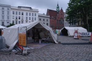 Ausstellung Nothilfe in Lübeck: Grundversorgung