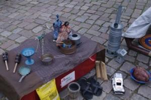 Ausstellung Nothilfe Lübeck: Kinderspiel,  Gebrauchsgegenstände