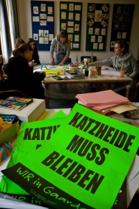 _Mal- und Bastelaktion Kindern für den Erhalt von Katzheide. Foto und Bildrechte: Ollo - Kieler Arbeiterfotografen
