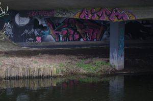 Graffiti an Eidertalbrücke bei Molfsee - RITA, KIRA