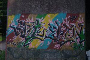 Graffiti an Holtenauer Hochbrücke - NOK