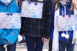 Kinderprotest gegen Möbelkraft in Kiel: 70 Briefe an Todeskino.