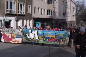 Demo JA beim Bürgerentscheid am 23. März in Kiel.