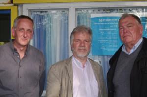Vertretungsberechtigte Bürgerbegehren zum Erhalt von Freibad Katzheide: Andreas Regner, Uwe Hagge, Hartmut Jöhnk