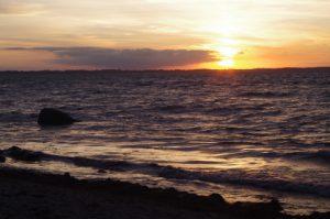 Sonnenwende-Sonnenuntergang