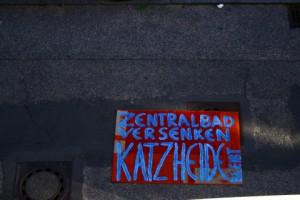 Straßenprotest für Katzheide und gegen Zentralbad