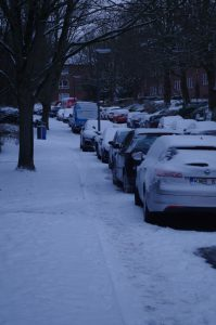 Zugeparkter Gehweg in Gaarden
