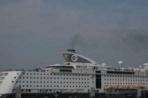 Schiffsabgase an der Kieler Hörn - tägliches Übel